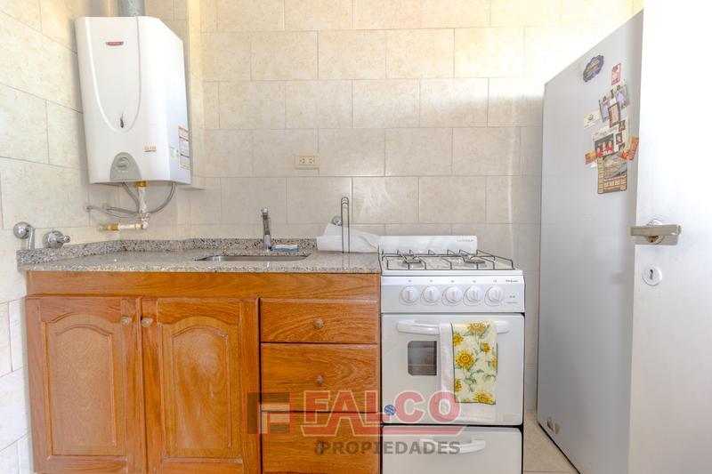 Foto Departamento en Venta en  Monte Castro,  Floresta  Santo Tome al 5200