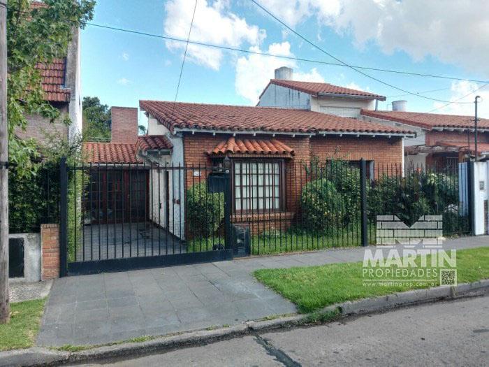 Foto Casa en Venta en  San Isidro Central,  San Isidro  3 DE FEBRERO al 1200