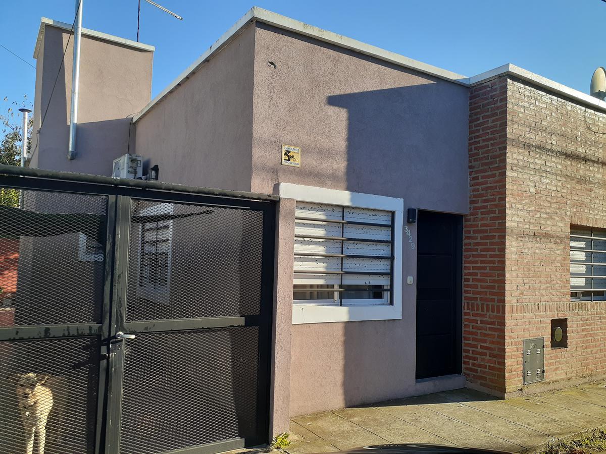 Foto Casa en Venta en  Tolosa,  La Plata  529 e/ 29 y 30 Tolosa La Plata