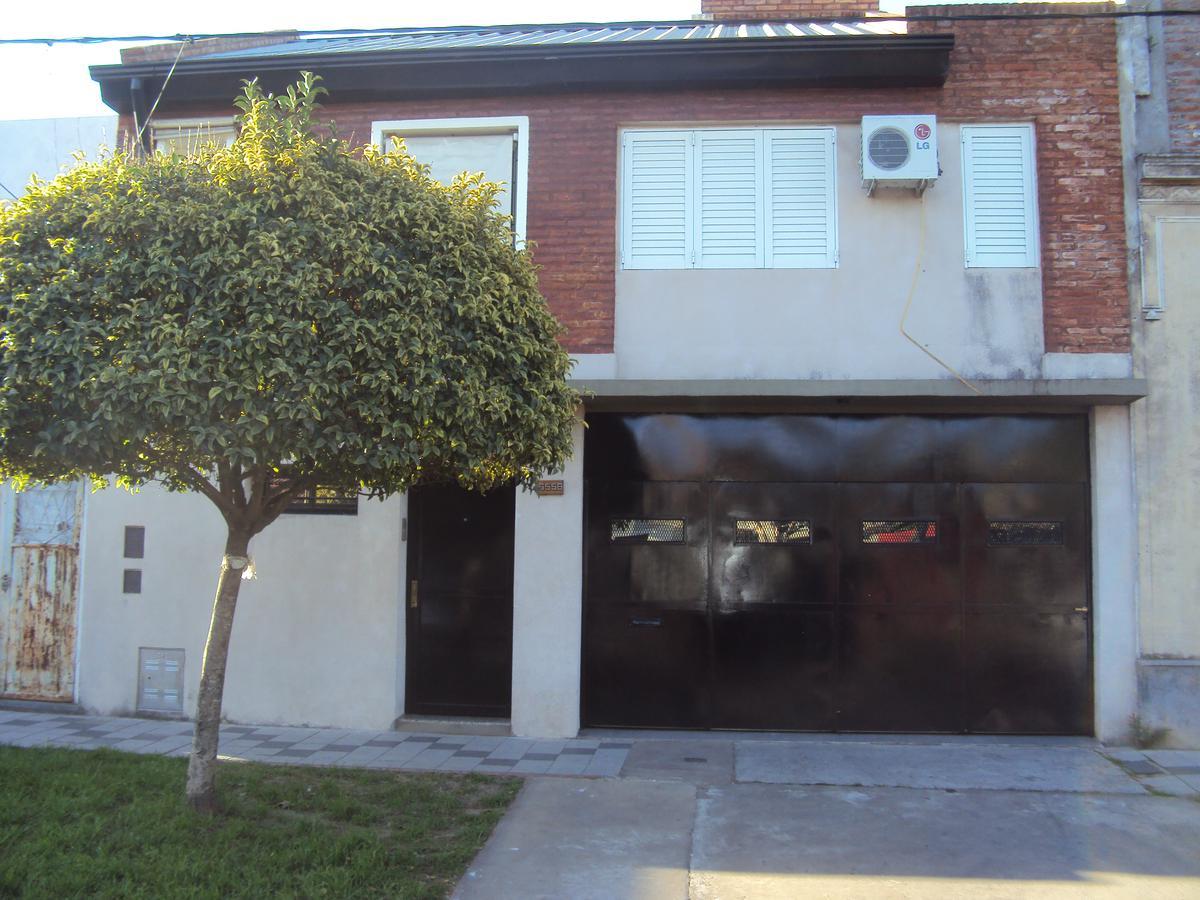 Foto Casa en Alquiler en  Belgrano,  Rosario  CHUBUT al 6500