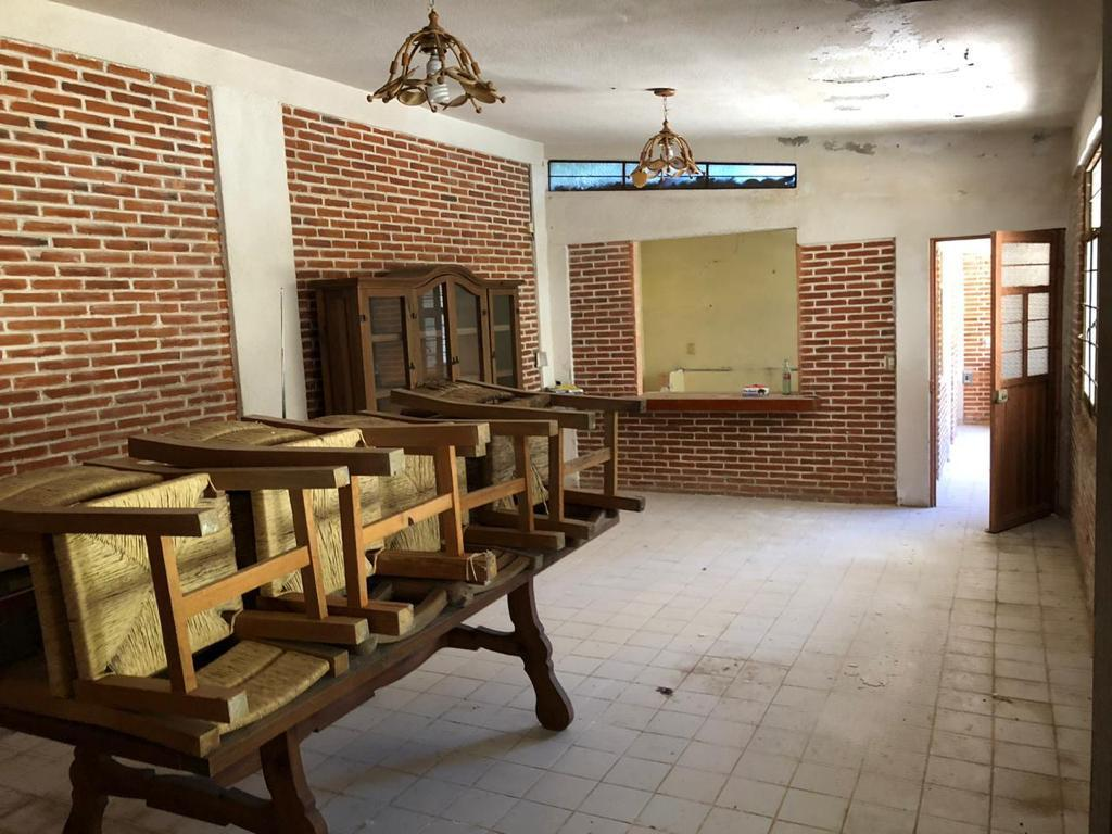 Foto Terreno en Venta en  Fraccionamiento Rancho Cortes,  Cuernavaca  En Venta Propiedad Como Terreno Rancho Cortés
