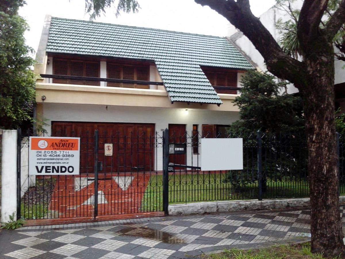 Foto Casa en Venta en  Monte Grande,  Esteban Echeverria  LINIERS   al 400