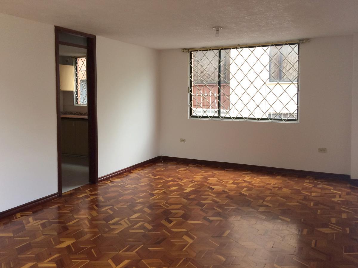 Foto Departamento en Alquiler en  Norte de Quito,  Quito  Juan Alzuro