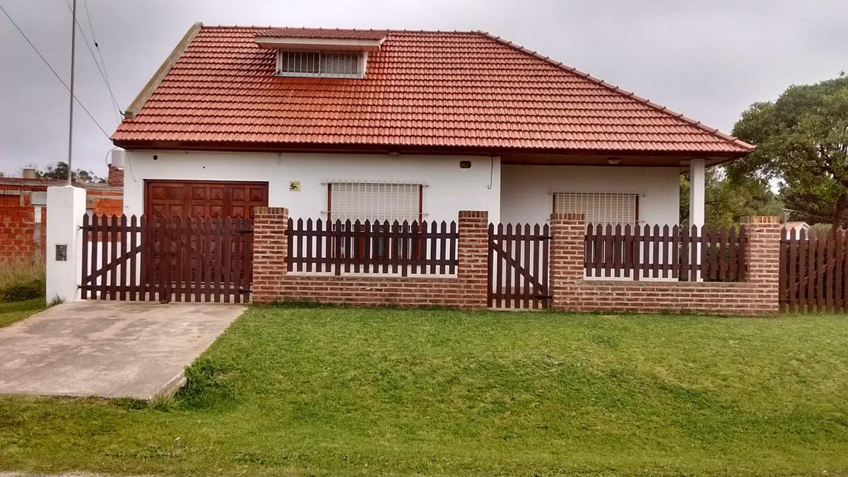Foto Casa en Venta en  Mar Del Plata ,  Costa Atlantica  DIAGONAL SUR ENTRE 2 2 BIS SAN JACINTO MAR DEL PLATA