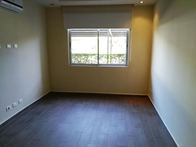 Foto Departamento en Venta en  Santana,  Santa Ana  Apartamento en River Park / Inversionista / Jardín
