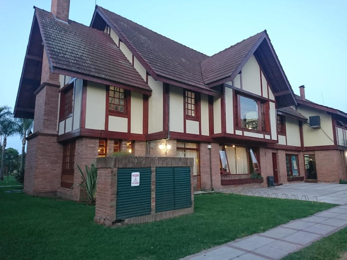 Foto Casa en Venta en  Bella Vista,  San Miguel  santa fe al 2800