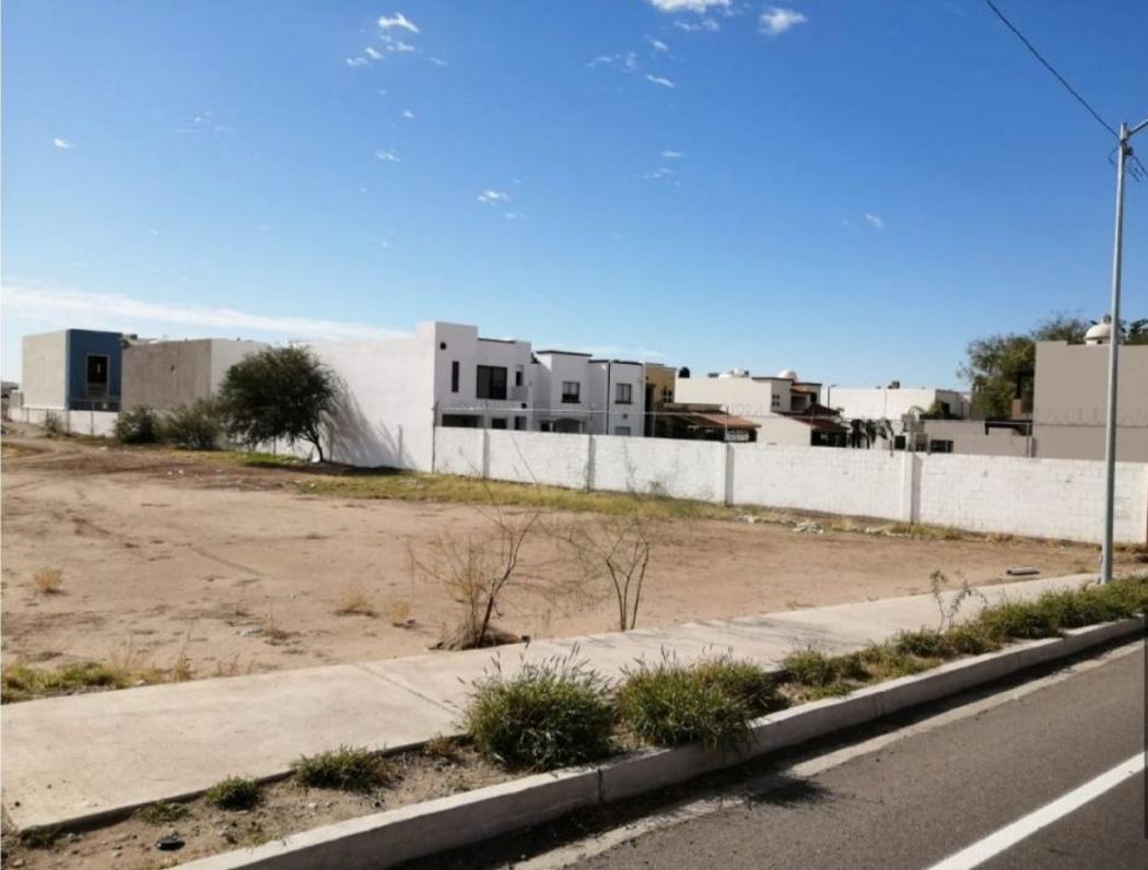 Foto Terreno en Venta en  Hermosillo ,  Sonora  TERRENO COMERCIAL EN VENTA SOBRE BLVD. JUAN NAVARRETE AL PONIENTE DE  HERMOSILLO