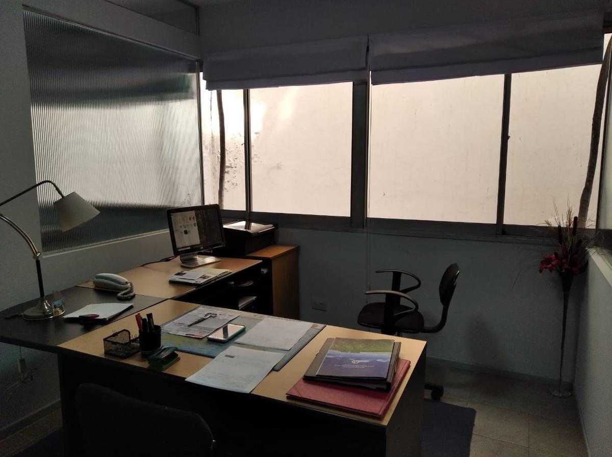 Foto Oficina en Alquiler en  Tribunales,  Centro (Capital Federal)  Av. Cordoba al 1700