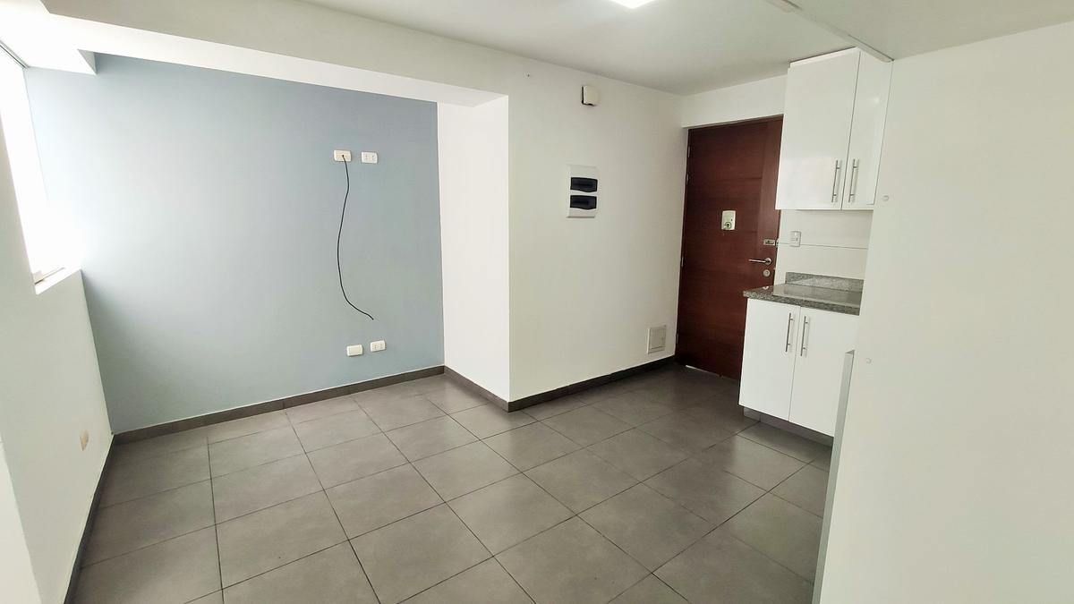Foto Departamento en Alquiler en  Santiago de Surco,  Lima  Calle Emancipacion