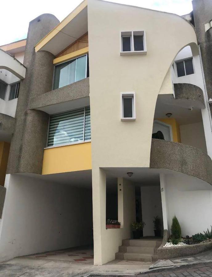Foto Casa en Venta en  Norte de Quito,  Quito  Santa Lucía