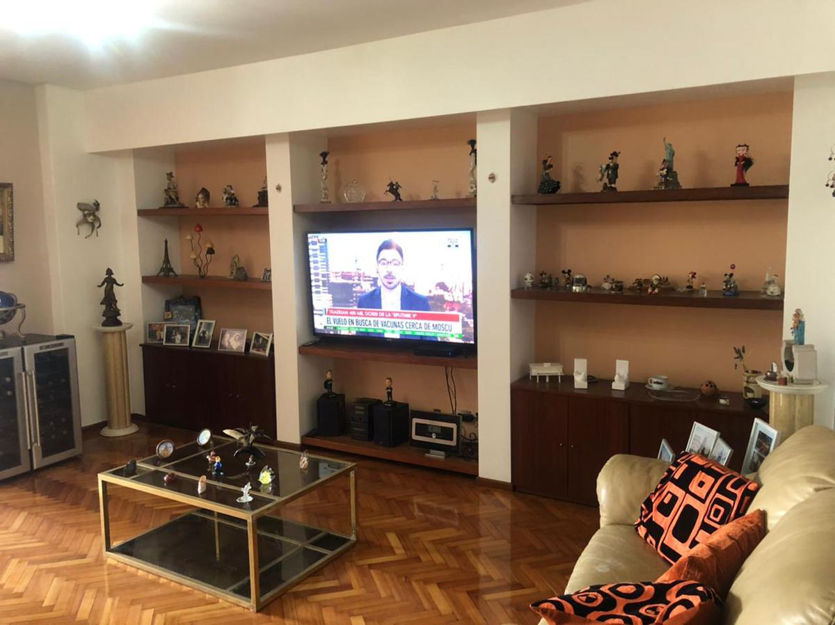 Foto Departamento en Venta en  Avellaneda ,  G.B.A. Zona Sur  alsina al 100