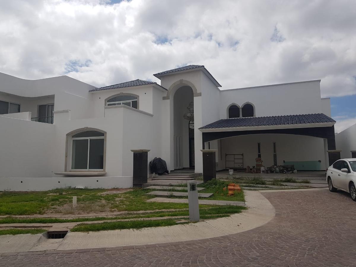 Foto Casa en Venta en  Alquerías de Pozos,  San Luis Potosí  EXCELENTE RESIDENCIA EN VENTA EN ALQUERIAS DE POZOS