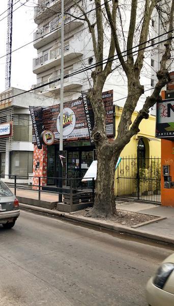Foto Local en Alquiler en  Monte Grande,  Esteban Echeverria  Vicente Lopez al 300