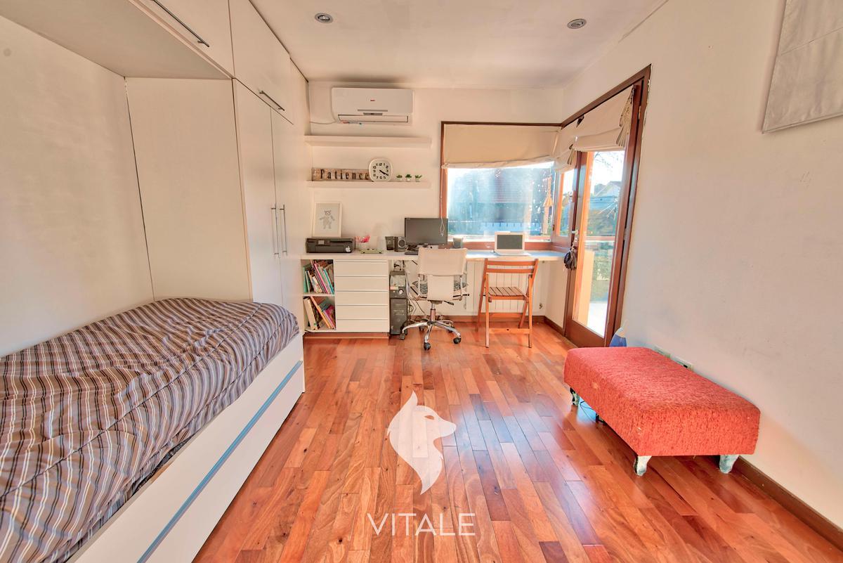 Foto Casa en Venta en  Los Troncos,  Mar Del Plata  Alvear al 4000