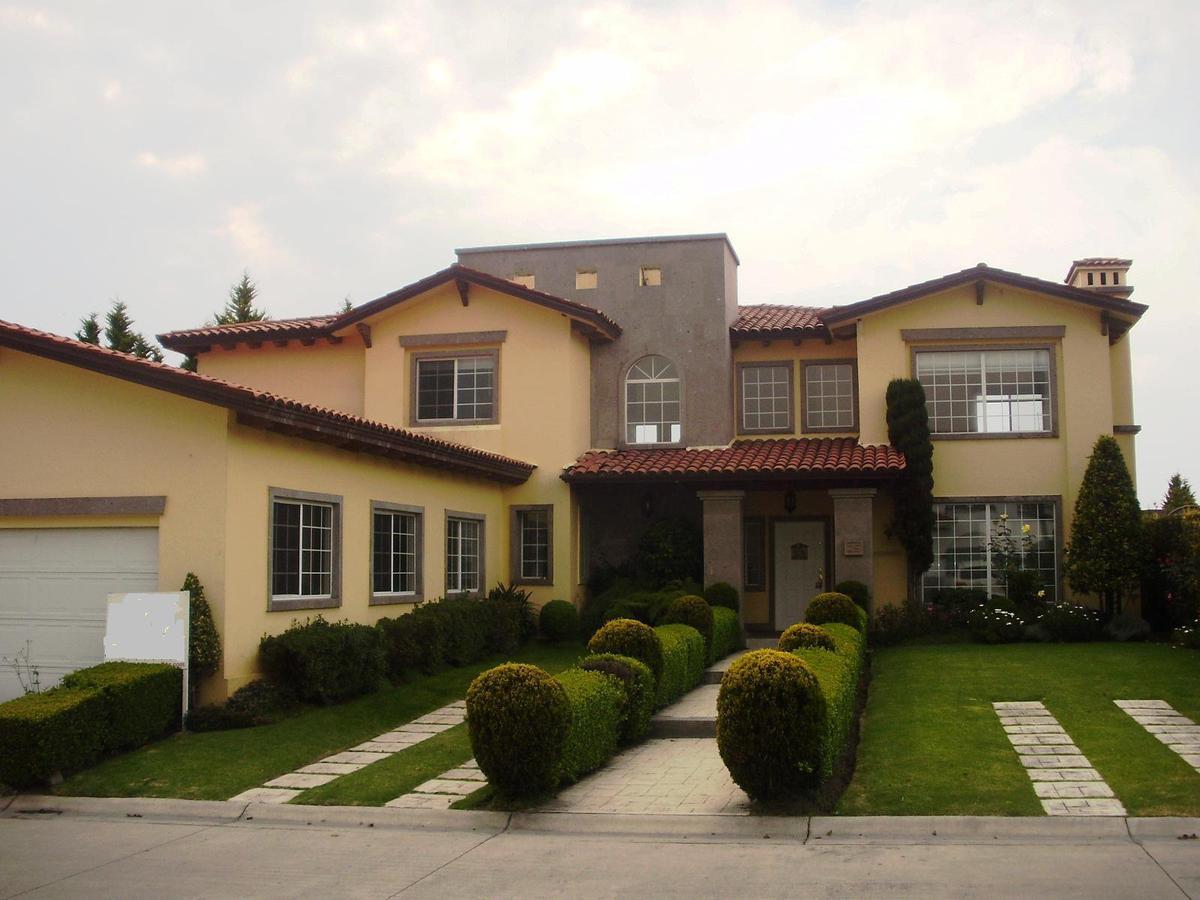 Foto Casa en condominio en Renta en  Los Robles,  Lerma  Los Robles en Lerma, Casa Queretana en renta