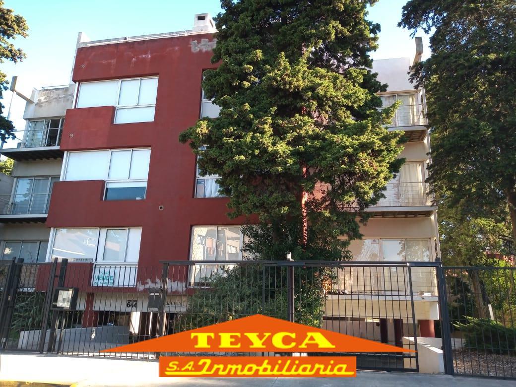 Foto Departamento en Venta en  Centro,  Pinamar  Rivadavia 644 e/ Valle Fertil y R. Crusoe