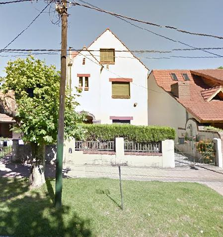 Foto Casa en Alquiler en  Lomas de Zamora Oeste,  Lomas De Zamora  Alvear al 1000