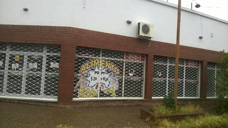 Foto Local en Alquiler en  Villa Regina,  General Roca  LIBERTAD