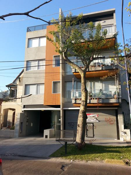 Foto Departamento en Venta en  Lomas de Zamora Oeste,  Lomas De Zamora  Rivera 348 piso 3° depto 305