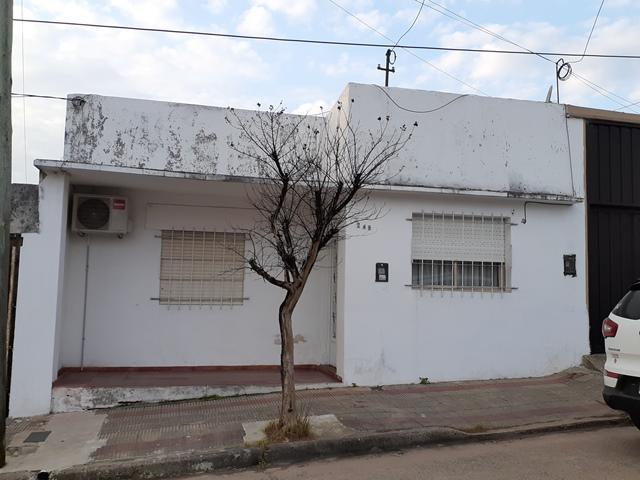 Foto Casa en Venta en  Concordia ,  Entre Rios  Asuncion al 200