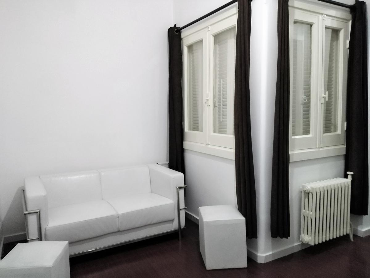 Foto Apartamento en Venta en  Cordón ,  Montevideo  Avenida 18 de Julio al 2300