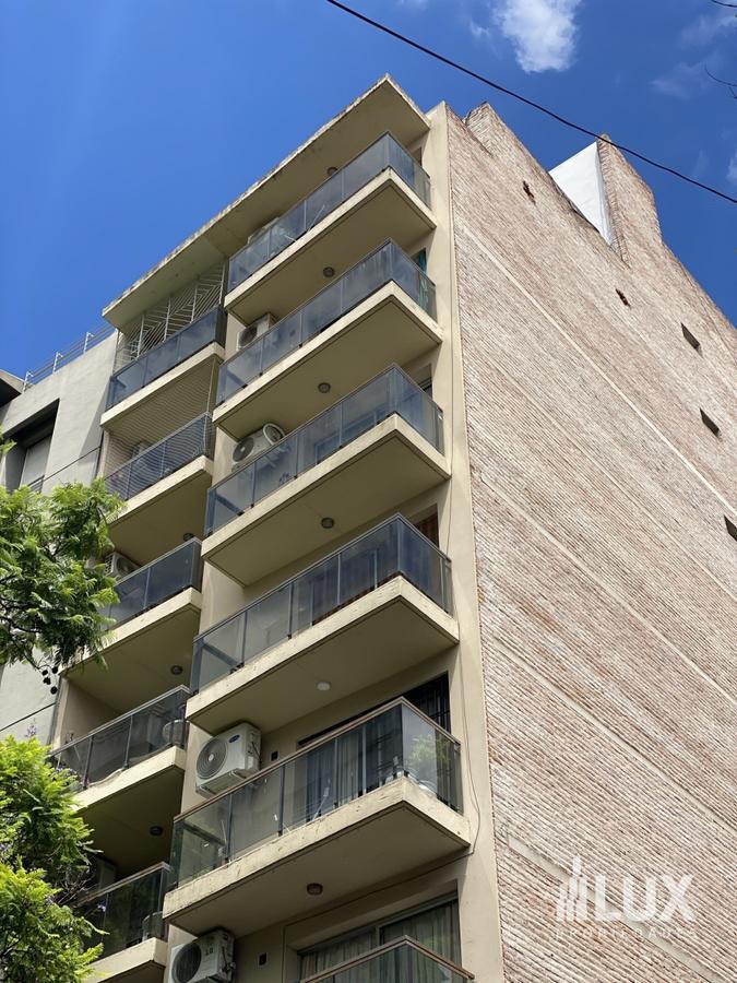 Alquiler Departamento Monoambiente frente con aire - Moderno