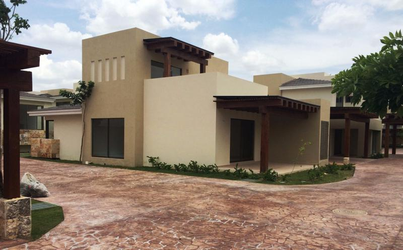 Foto Casa en condominio en Venta en  Yucatán Country Club,  Mérida  SERENA Villa C - Yucatan Country Club