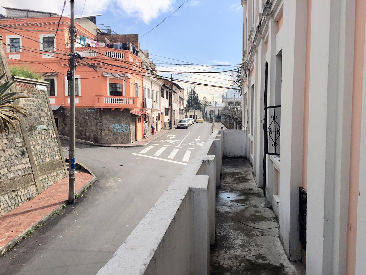 Foto Departamento en Venta en  Centro de Quito,  Quito  La Basílica Quito