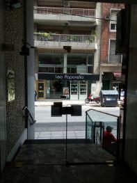 Foto Departamento en Venta en  Recoleta ,  Capital Federal  Muy buen monoambiente con patio- talcahuano al 1100