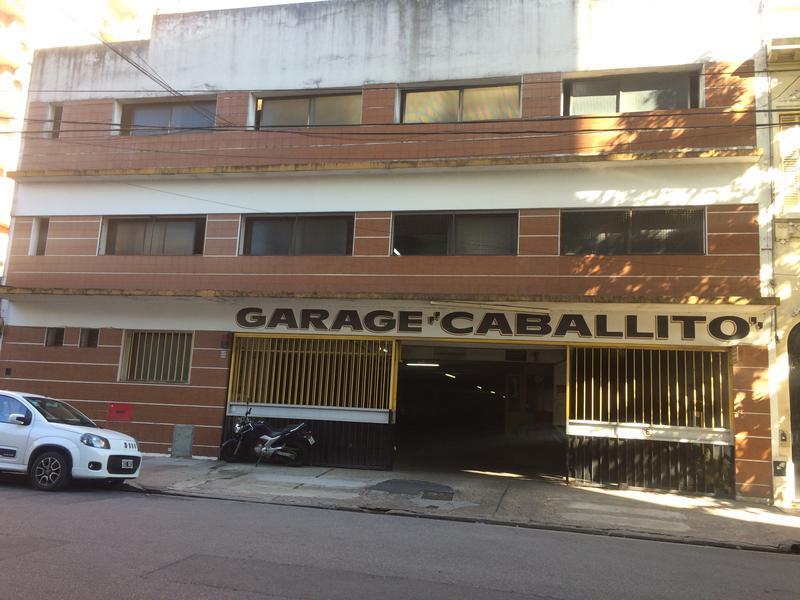 Foto Galpon en Venta en  Villa Crespo ,  Capital Federal  remedios escalada san martin al 1000