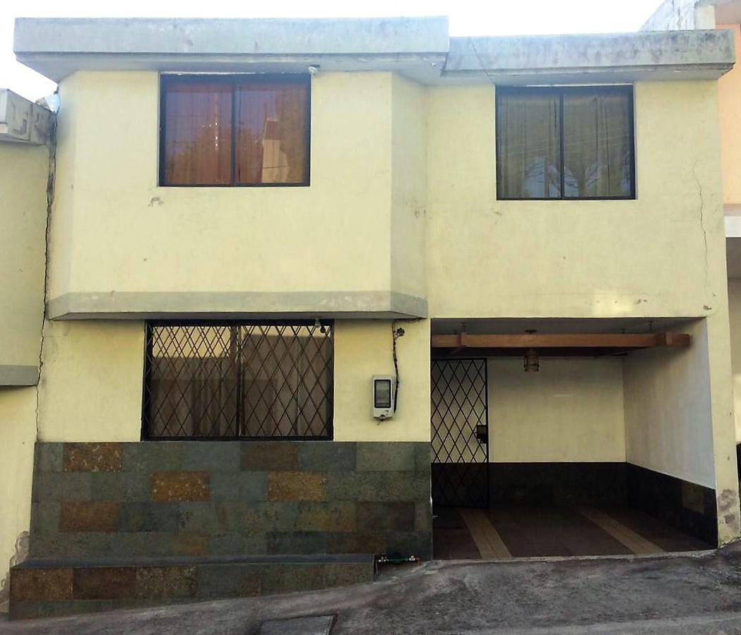 Foto Casa en Venta en  Quito ,  Pichincha  Edén del valle