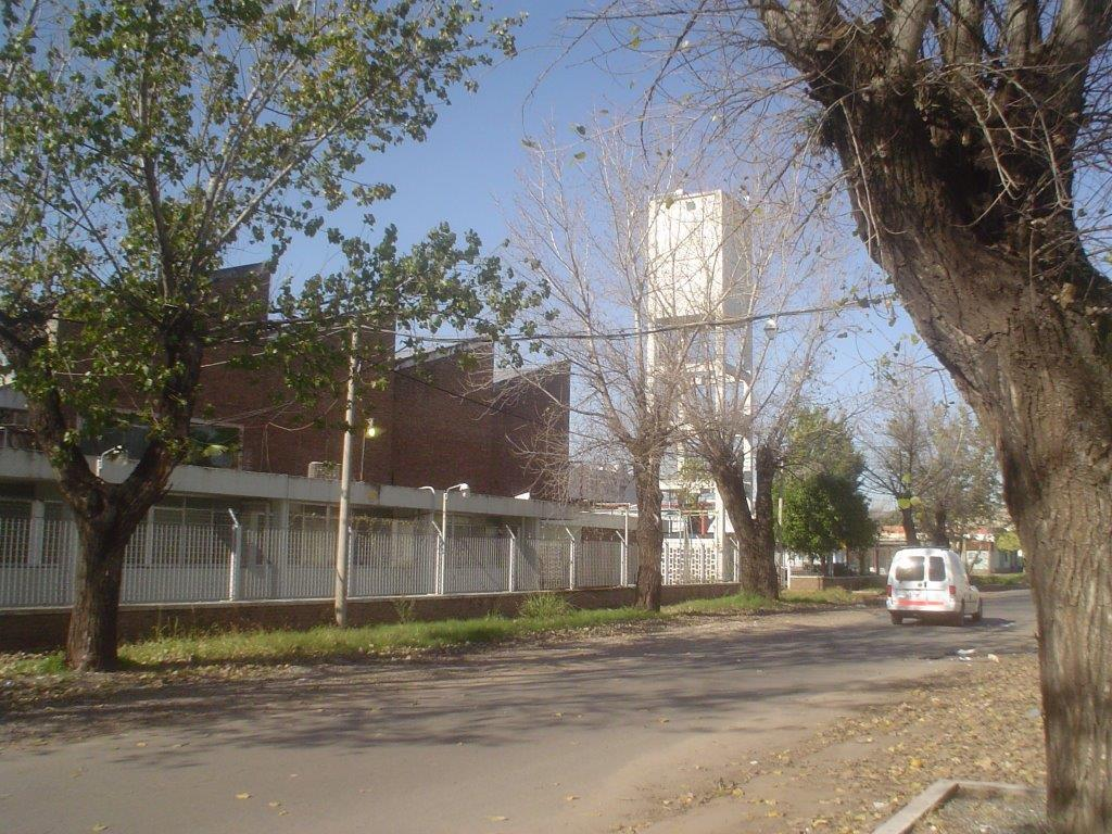 Foto Galpón en Alquiler en  Triangulo,  Rosario  Teniente Agneta al 2900
