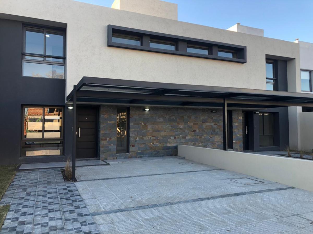 Foto Casa en Venta en  Green Ville 2,  Cordoba Capital  Greenville 2 - M25 L14