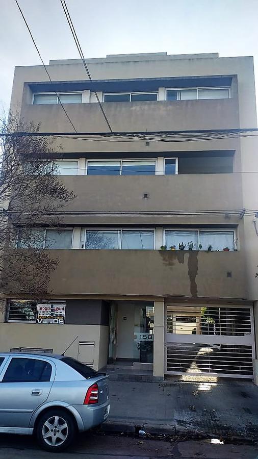 Foto Departamento en Venta en  La Plata,  La Plata  65 e/ 26 y 27-La Plata