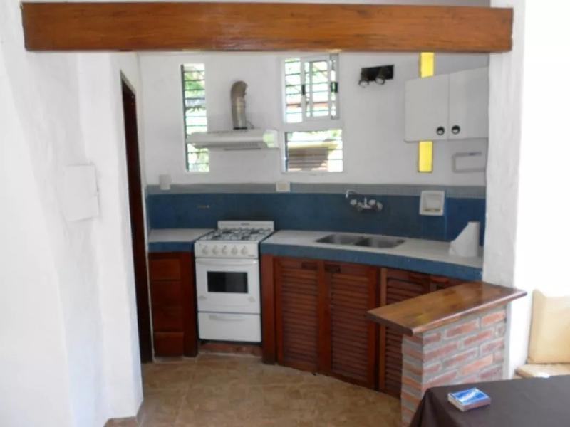Foto Casa en Venta en  Barrio Parque Leloir,  Ituzaingo  La Zamba al 1400