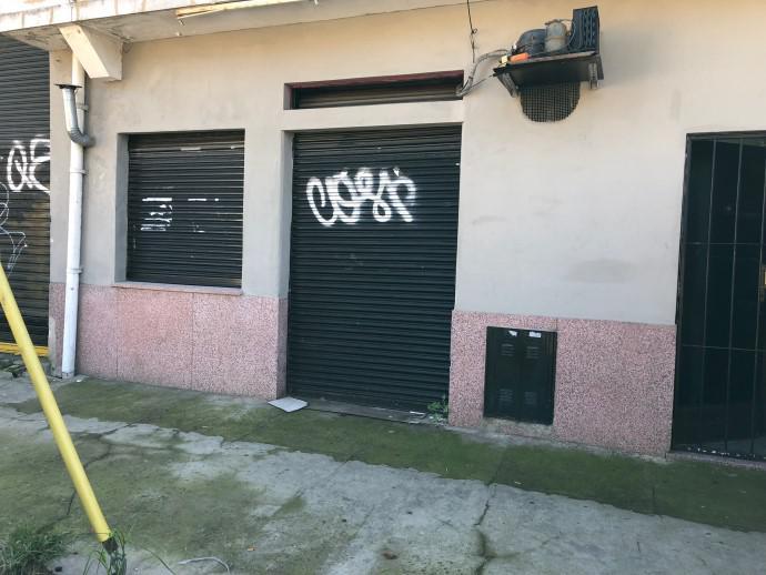 Foto Local en Venta en  Olivos,  Vicente Lopez  DIAZ VELEZ al 2400