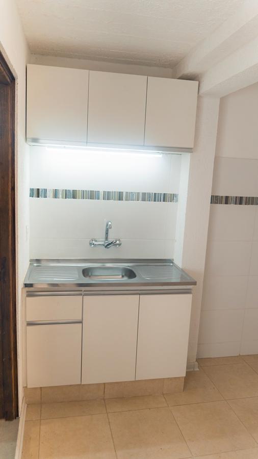 Foto Apartamento en Alquiler en  Aguada ,  Montevideo  Bacigalupi 2089/103