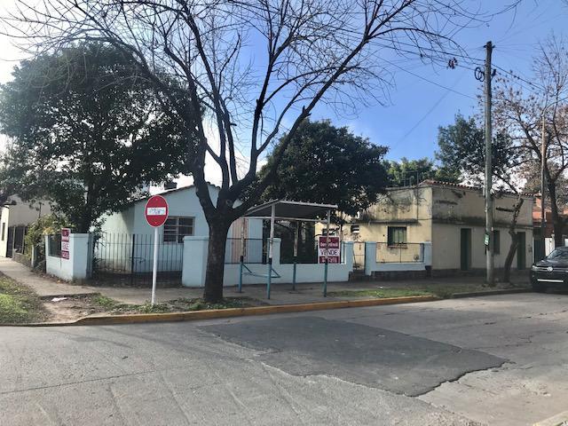 Foto Casa en Venta en  Bella Vista,  San Miguel  PIÑERO al 800