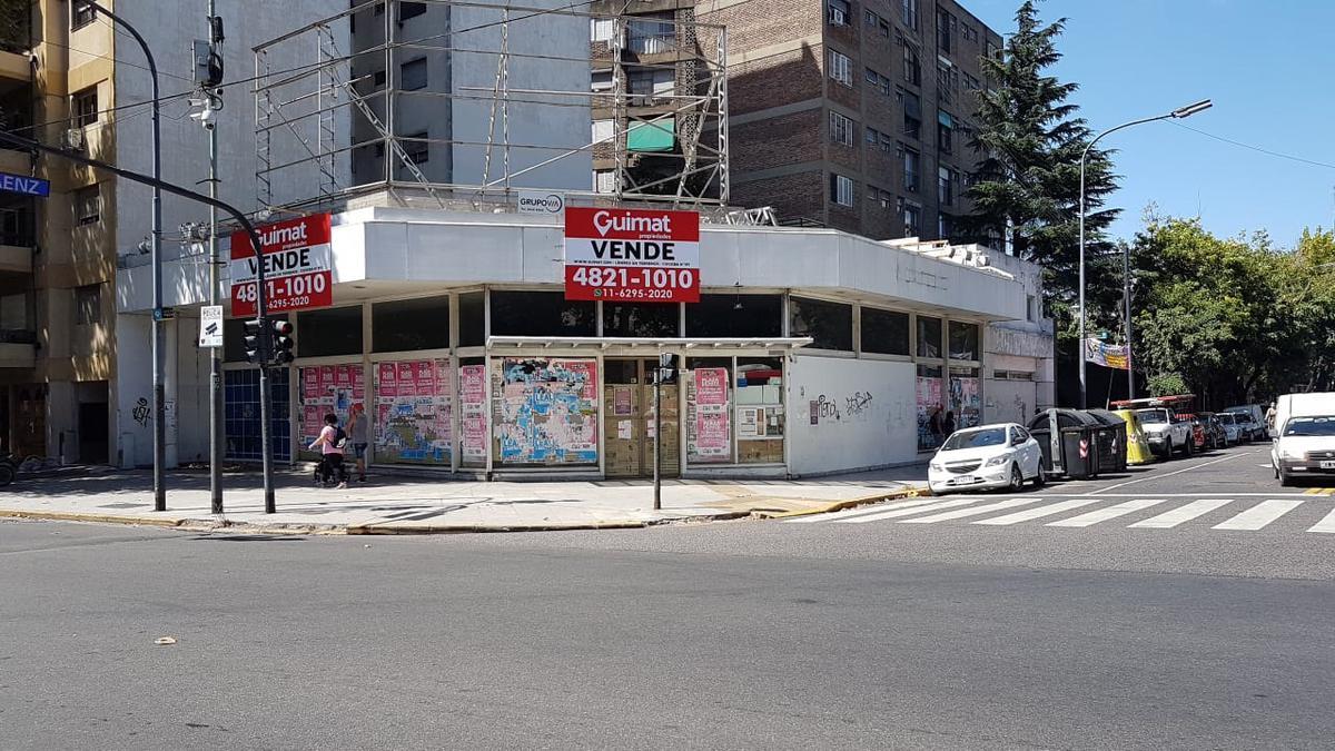 Foto Terreno en Venta en  Pompeya ,  Capital Federal  CASEROS al 3500