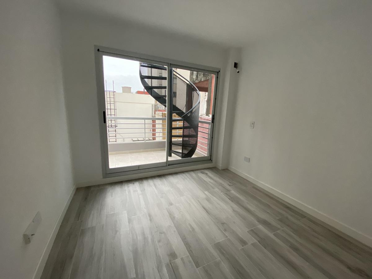 Foto Departamento en Venta en  Barracas ,  Capital Federal  Bolivar al 1700 3ºK
