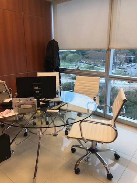 Foto Oficina en Alquiler   Venta en  Puerto Madero ,  Capital Federal  Camila O´ghorman al 400