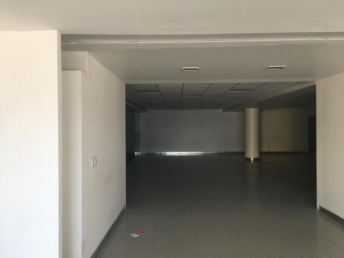 Foto Local en Renta en  Zona Centro,  Tijuana  RENTAMOS PRECIOSO LOCAL COMERCIAL MUY CÉNTRICO ERA BANCO EXCELENTES CONDICIONES
