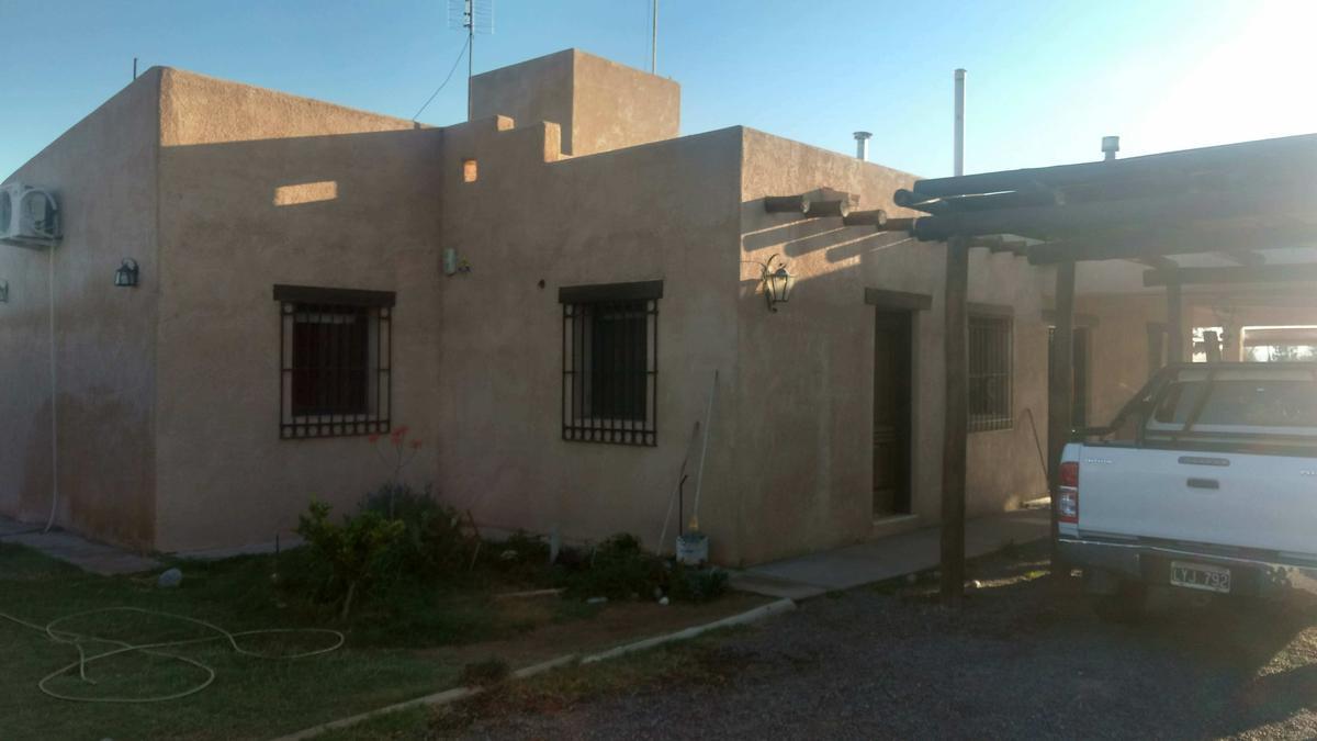 Foto Casa en Venta en  Chimbas ,  San Juan  Barrio Privado Villa Mogote