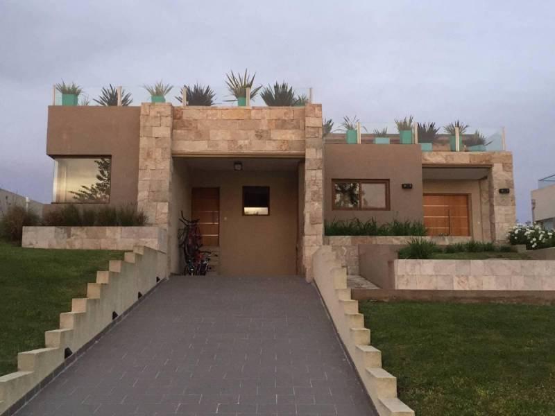 Foto Casa en Venta en  La Reserva Cardales,  Campana  Ruta 9 km 61 La Reserva Cardales al 100