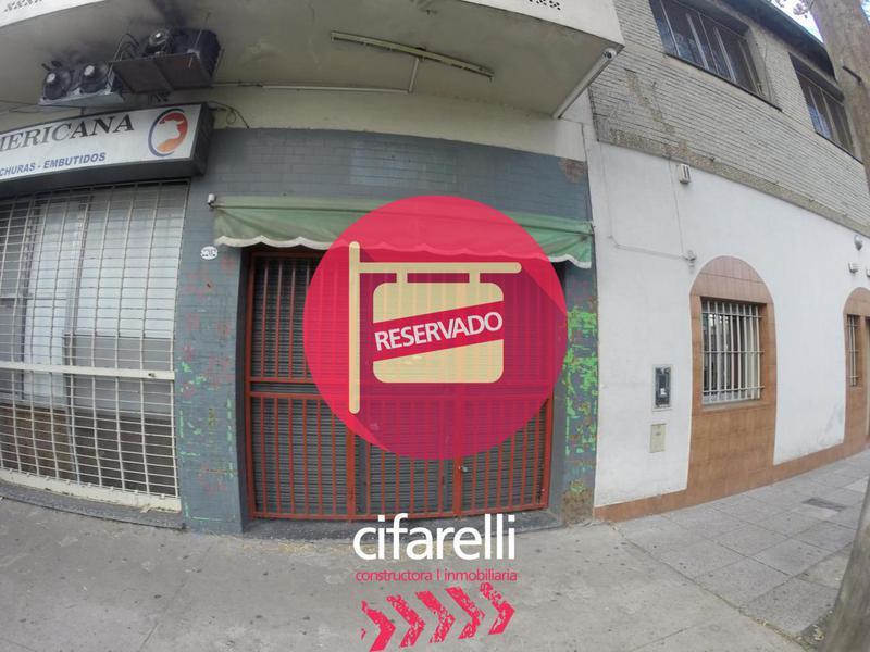 Foto Local en Alquiler en  Mataderos ,  Capital Federal  Andalgala al 2200