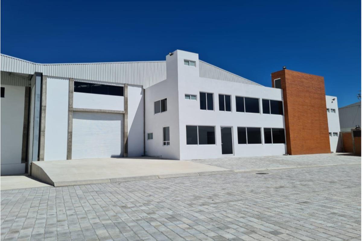 Foto Nave Industrial en Renta en  Puebla ,  Puebla  SE RENTA NAVE INDUSTRIAL EN SANTA ISABEL CHOLULA
