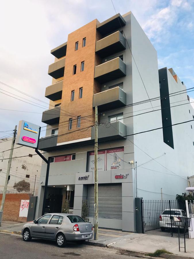Foto Departamento en Venta en  Capital ,  Neuquen  Intendente Carro al 500
