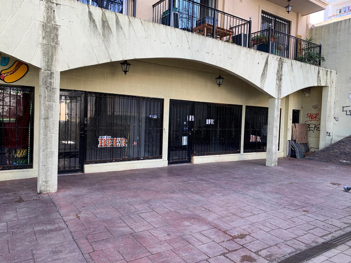 Foto Local en Venta | Alquiler en  San Fernando ,  G.B.A. Zona Norte  9 de julio al 1200