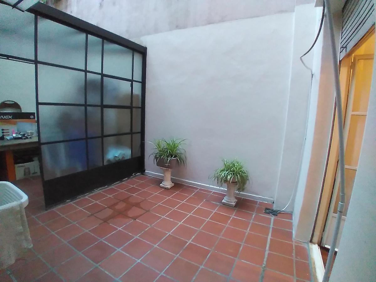 Foto Departamento en Alquiler en  Balvanera ,  Capital Federal  Ecuador al 900