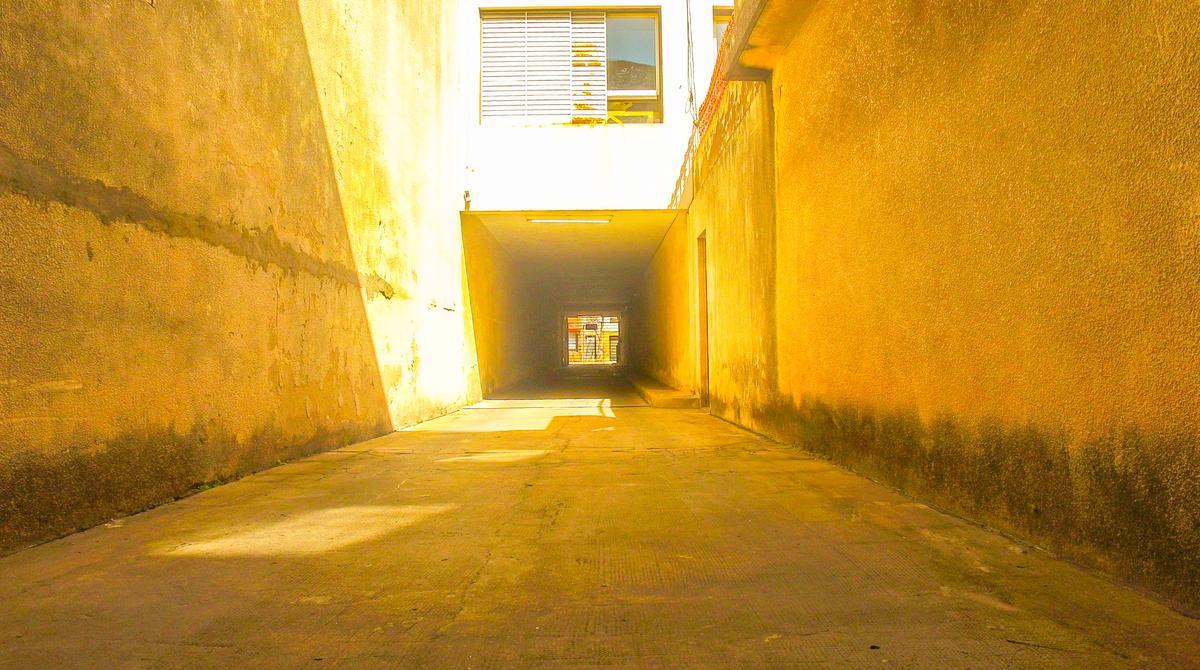 Foto Cochera en Venta en  República de la Sexta,  Rosario  Viamonte y 1° de Mayo 01-06